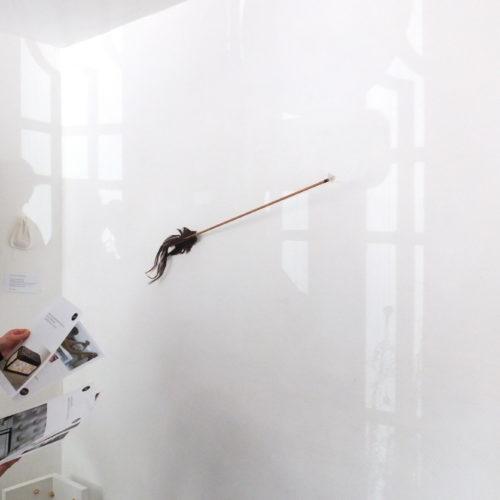 photo lors de l'exposition des JEMA, dans la Galerie Victor Rares